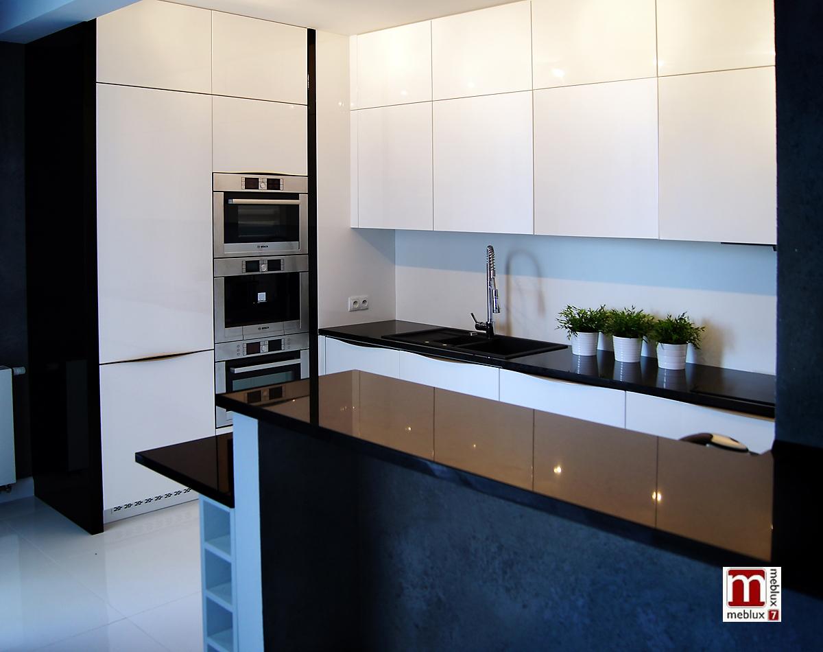 Kuchnie Wrocław – Meblux7, meble kuchenne na wymiar   -> Kuchnia Bialo Czarna Zdjecia