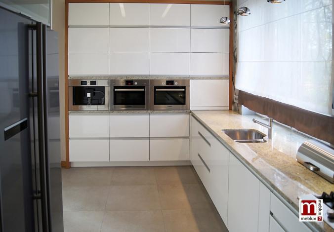 Kuchnia w kolorze białym